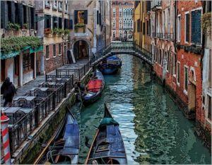 Venice is one of the most romantic and mysterious places in the world.